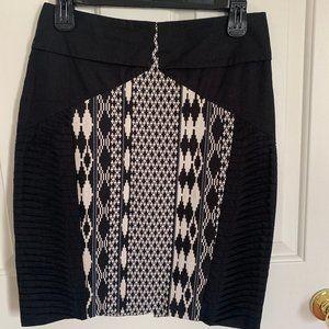 Anthropologie black and white women's size 4 skirt